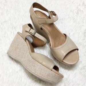 Clarks Artisan Cream Strappy Sandal Wedge